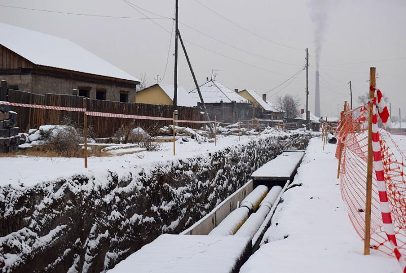 Пять километров тепломагистрали из десяти запланированных специалисты СГК уже построили